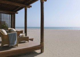 sir-bani-yas-island-hotel-al-yamm-villa-resort-027.jpg