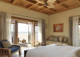 sir-bani-yas-island-hotel-al-yamm-villa-resort-031.jpg