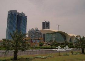 spojene-arabske-emiraty-cerven-2009-052.jpg