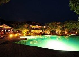 sri-lanka-hotel-chaaya-wild-004.jpg