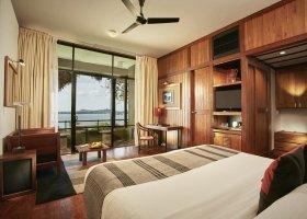 sri-lanka-hotel-heritance-kandalama-012.jpg