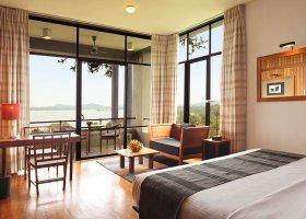 sri-lanka-hotel-heritance-kandalama-047.jpg