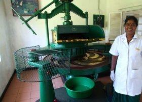 sri-lanka-hotel-heritance-tea-factory-032.jpg