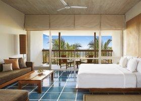 sri-lanka-hotel-jetwing-blue-100.jpg