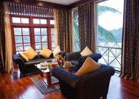 sri-lanka-hotel-mahaweli-reach-hotel-033.jpg