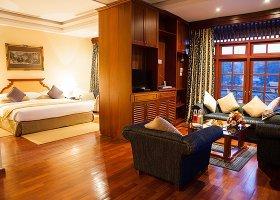 sri-lanka-hotel-mahaweli-reach-hotel-035.jpg
