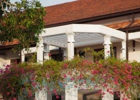 sri-lanka-hotel-mahaweli-reach-hotel-038.jpg