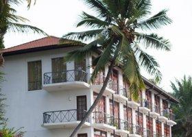 sri-lanka-hotel-mahaweli-reach-hotel-040.jpg