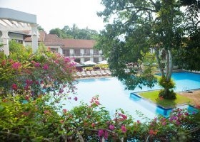 sri-lanka-hotel-mahaweli-reach-hotel-043.jpg