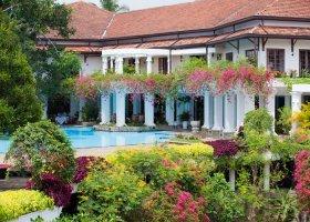 sri-lanka-hotel-mahaweli-reach-hotel-045.jpg
