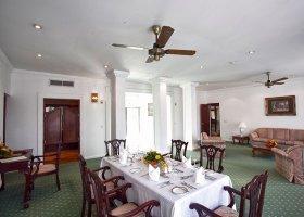 sri-lanka-hotel-mahaweli-reach-hotel-054.jpg
