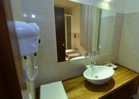 sri-lanka-hotel-paradise-resort-spa-008.jpg