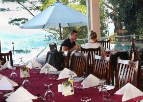 sri-lanka-hotel-randholee-luxury-resort-051.jpg