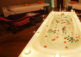 sri-lanka-hotel-randholee-luxury-resort-058.jpg