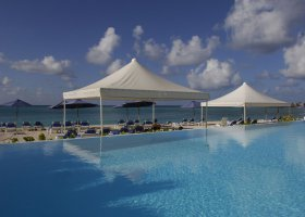 st-martin-hotel-sonesta-great-bay-beach-resort-and-casino-007.jpg