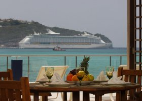 st-martin-hotel-sonesta-great-bay-beach-resort-and-casino-022.jpg