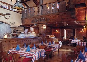 svycarsko-hotel-badrutt-s-palace-004.jpg