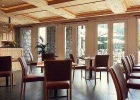 svycarsko-hotel-badrutt-s-palace-012.jpg
