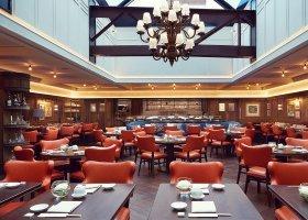 svycarsko-hotel-badrutt-s-palace-018.jpg