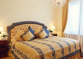 svycarsko-hotel-badrutt-s-palace-027.jpg