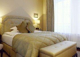 svycarsko-hotel-badrutt-s-palace-038.jpg