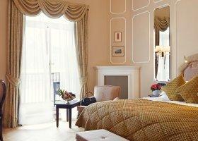 svycarsko-hotel-badrutt-s-palace-045.jpg