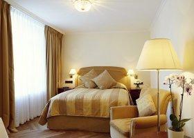 svycarsko-hotel-badrutt-s-palace-052.jpg