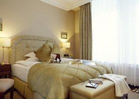 svycarsko-hotel-badrutt-s-palace-068.jpg