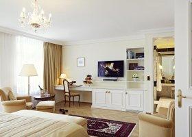 svycarsko-hotel-badrutt-s-palace-070.jpg