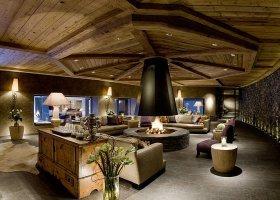 svycarsko-hotel-gstaad-palace-064.jpg