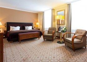 svycarsko-hotel-kempinski-grand-hotel-des-bains-031.jpg