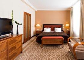 svycarsko-hotel-kempinski-grand-hotel-des-bains-050.jpg