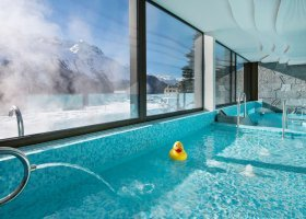 svycarsko-hotel-kulm-hotel-st-moritz-059.jpg