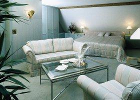 svycarsko-hotel-lindner-grand-hotel-beau-rivage-013.jpg