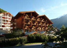 svycarsko-hotel-schweizerhof-021.jpg