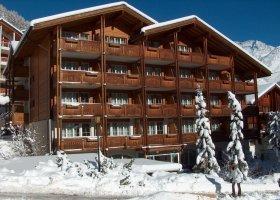 svycarsko-hotel-schweizerhof-025.jpg