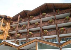 svycarsko-hotel-schweizerhof-035.jpg