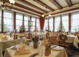 svycarsko-hotel-suvretta-house-046.jpg