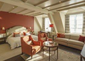svycarsko-hotel-suvretta-house-076.jpg