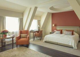 svycarsko-hotel-suvretta-house-080.jpg