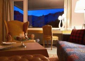 svycarsko-hotel-tschuggen-058.jpg
