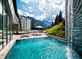 svycarsko-hotel-tschuggen-077.jpg