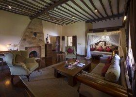 tanzanie-hotel-exploreans-ngorongoro-lodge-030.jpg