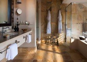 tanzanie-hotel-four-seasons-serengeti-003.jpeg
