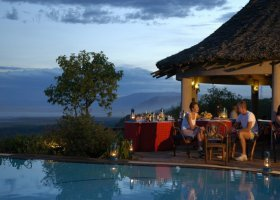 tanzanie-hotel-lake-manyara-serena-safari-lodge-003.jpg