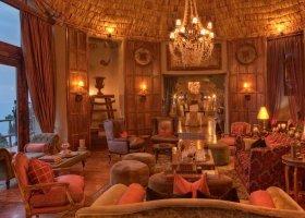 tanzanie-hotel-ngorongoro-crater-lodge-015.jpg