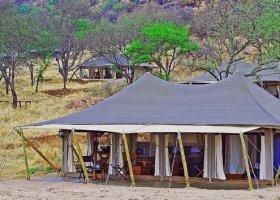 tanzanie-hotel-serengeti-pioneer-camp-001.jpg