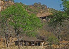 tanzanie-hotel-serengeti-pioneer-camp-011.jpg
