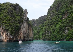 thajsko-cerven-2013-043.jpg