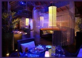 thajsko-hotel-anantara-phuket-villas-129.jpg